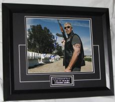 "A647RP RON PERLMAN - ""CLAY - SONS OF ANARCHY"" SIGNED"